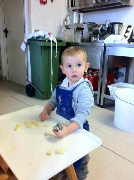 Emma al Corso di Cucina al PInet